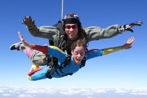 woman enjoying savannah fl tandem jump